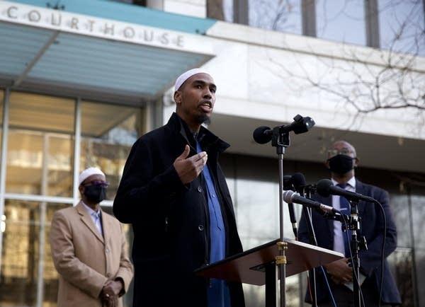 Abdulahi Farah, a leader at Dar Al Farooq Islamic Center.