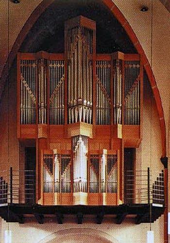 1997 Fischer organ at Saint Laurentius Church, Grefrath, Germany
