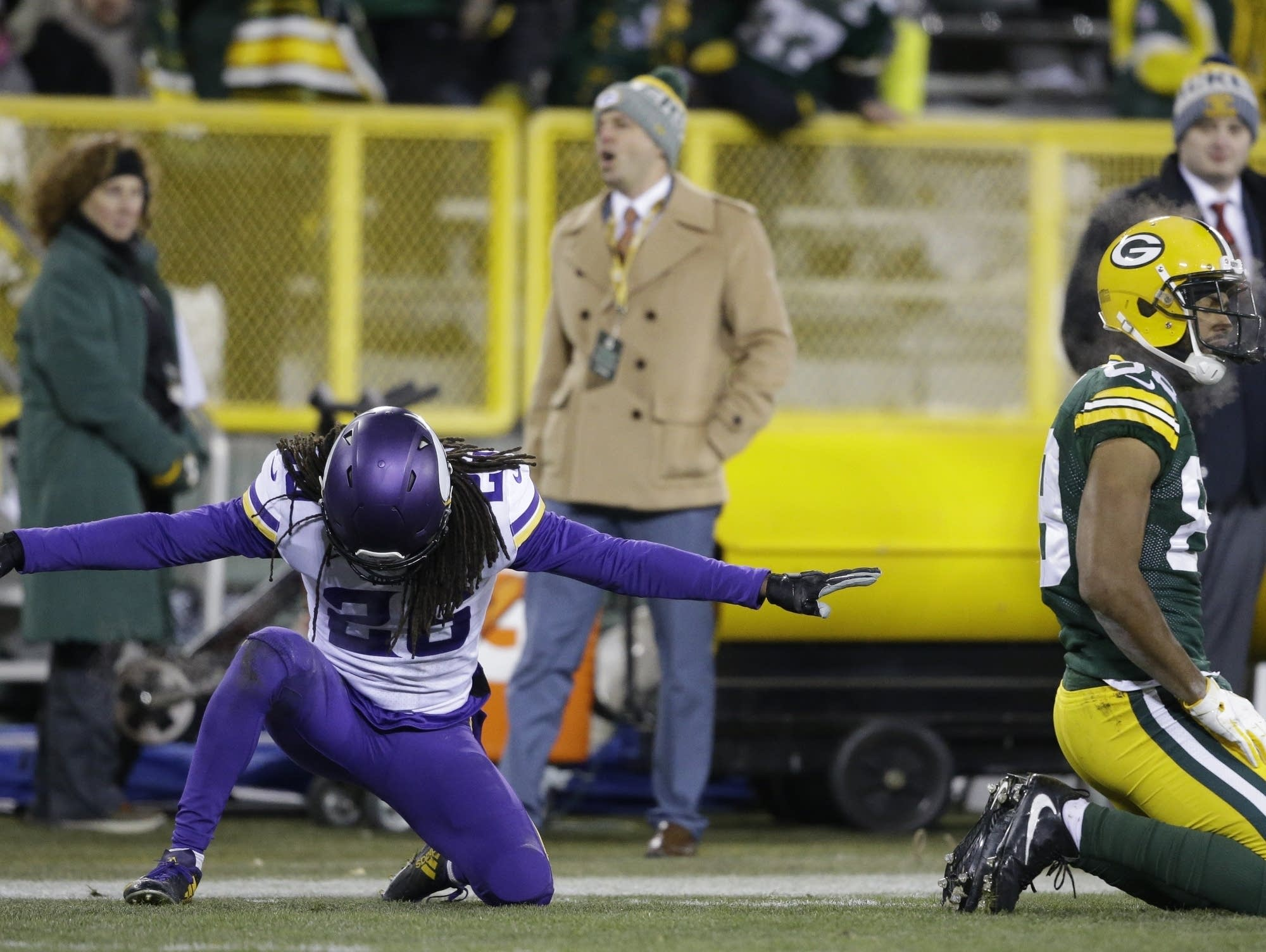 Packers can play spoiler against rival Vikings