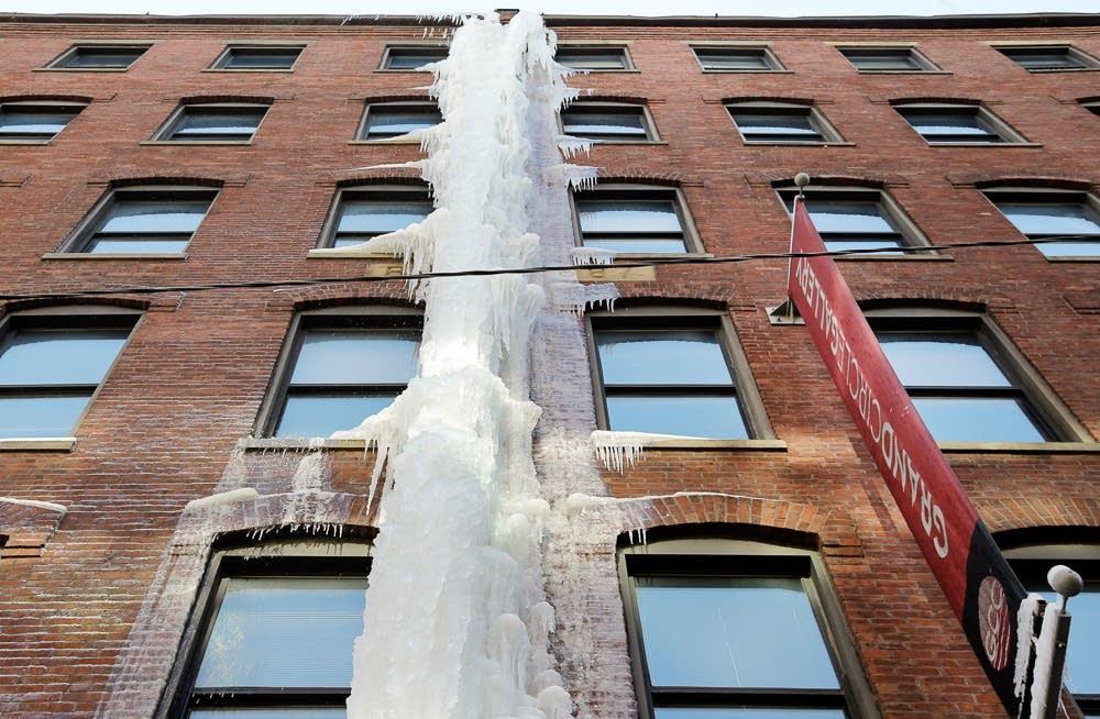 Ice along Boston building