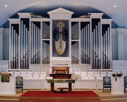 1998 Hendrickson organ at Wayzata Community Church