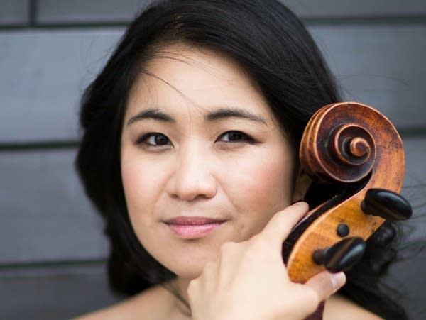 Cellist Julia Yang