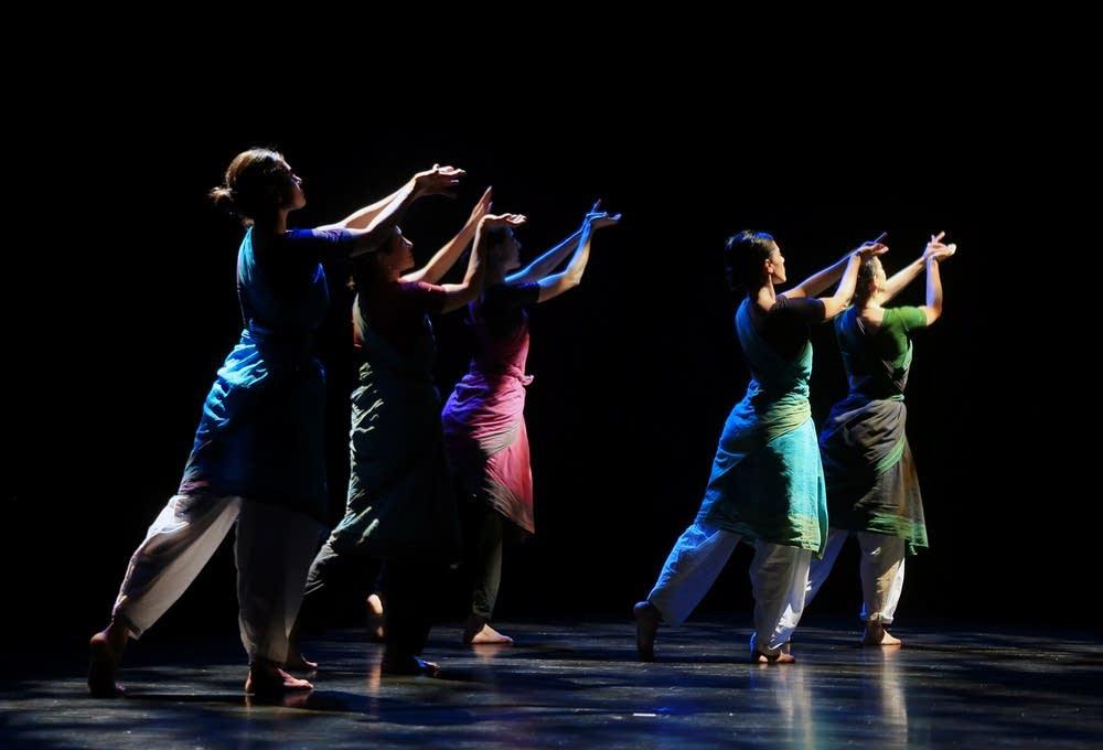 Ragamala dancers