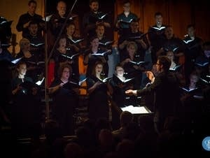 Matthew Halls conducting the All-Night Vigil