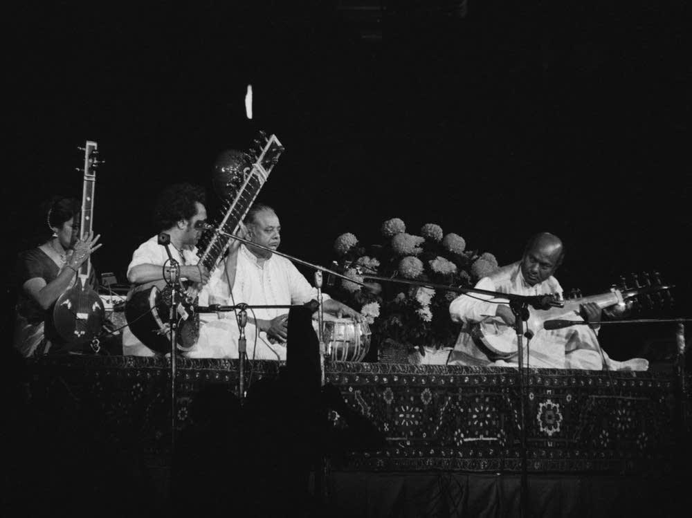 Kamala Chakravarty, Ravi Shankar, Alla Rakha and Ali Akbar Khan performing at The Concert for Bangladesh