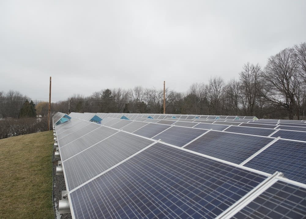 WH Solar's community solar garden in Rockford.