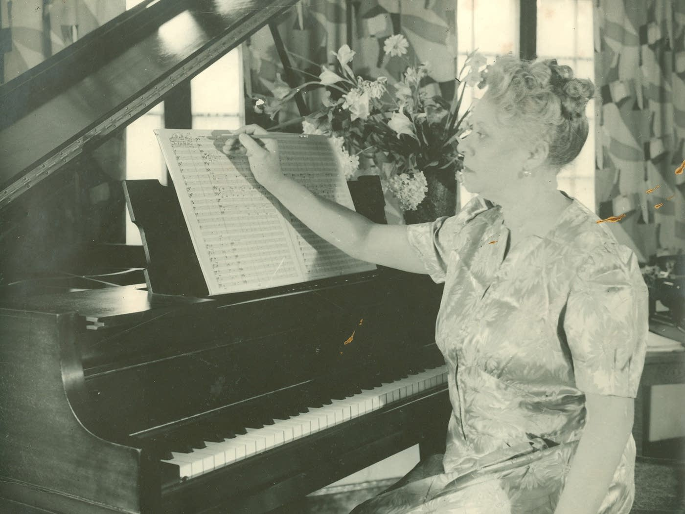 a biography of florence price american composer By her own admission, composer florence price had two strikes against her to begin with i have two handicaps - those of sex and race i am a woman and i have some negro blood in my veins.