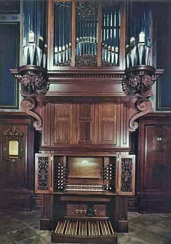 1995 Letourneau organ at Pembroke College chapel, Oxford, England, UK