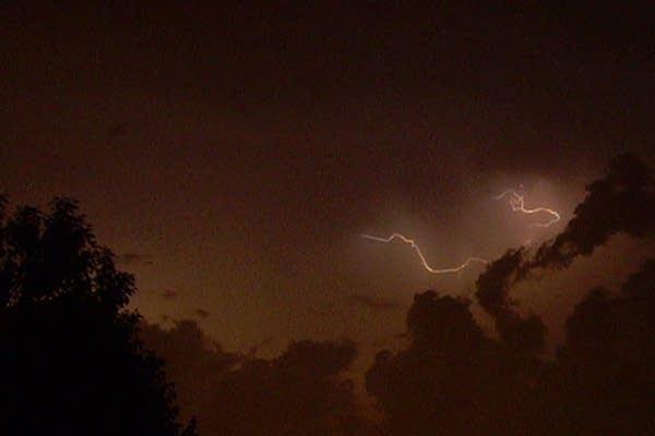 Non-stop lightning show