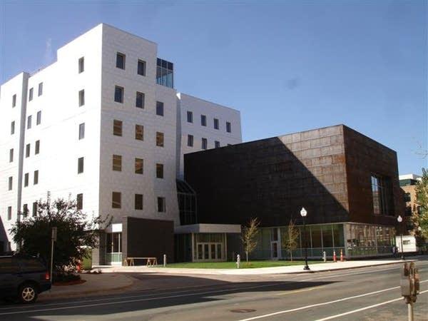 The MacPhail Center