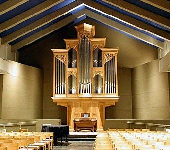 2002 Rosales organ at Saint Bartholomew, Atlanta, Georgia