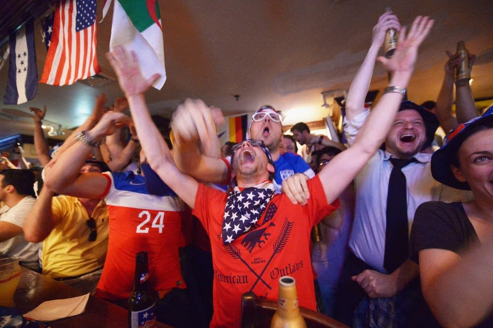 The United States elebrates he World Cup in Brazil