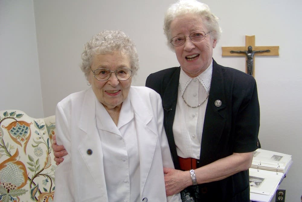 Mary David Olheiser, Helenette Baltes