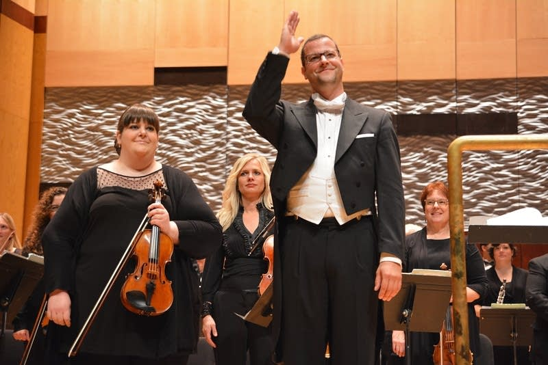duluth superior symphony orchestra applause dirk m