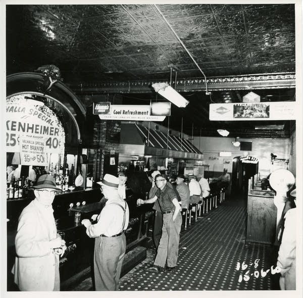 Valhalla Bar and Cafe, 1960
