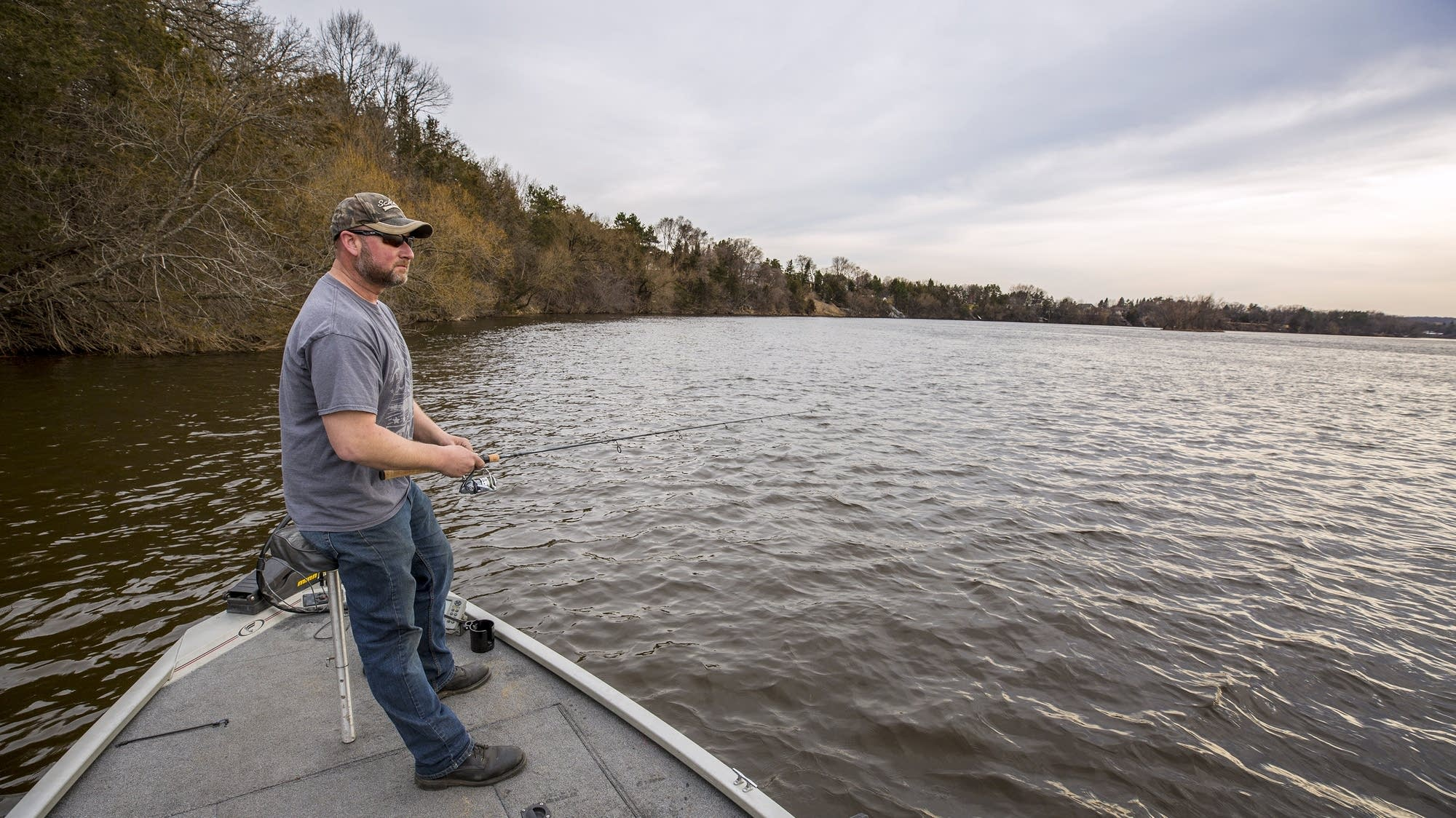 Dayton hopes to boost the mississippi 39 s image as fishing for Mississippi river fish