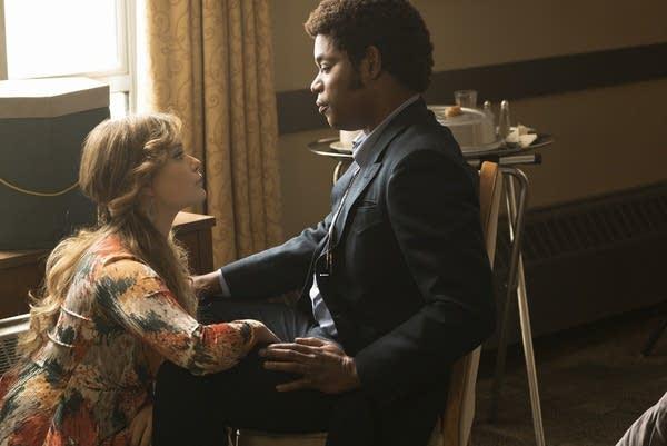 Simone tries to romance Milligan on 'Fargo'