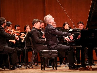 C2c706 20161229 jeremy denk with the spco