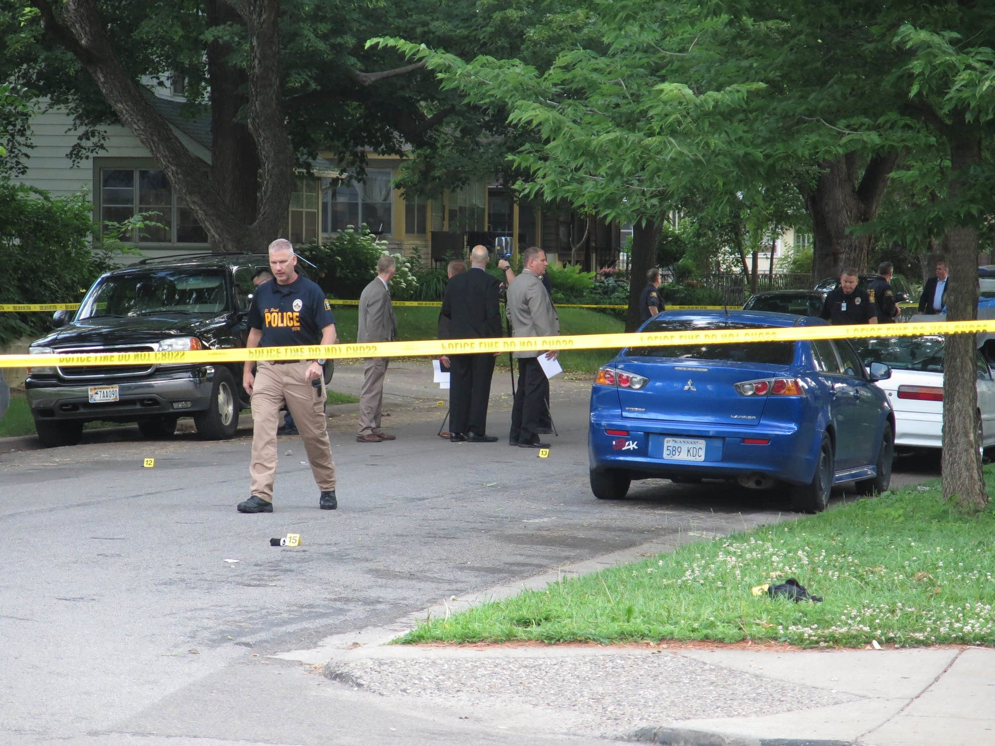 Girl Suffers Gunshot Wound to Head in St. Paul, 2 Others Hurt