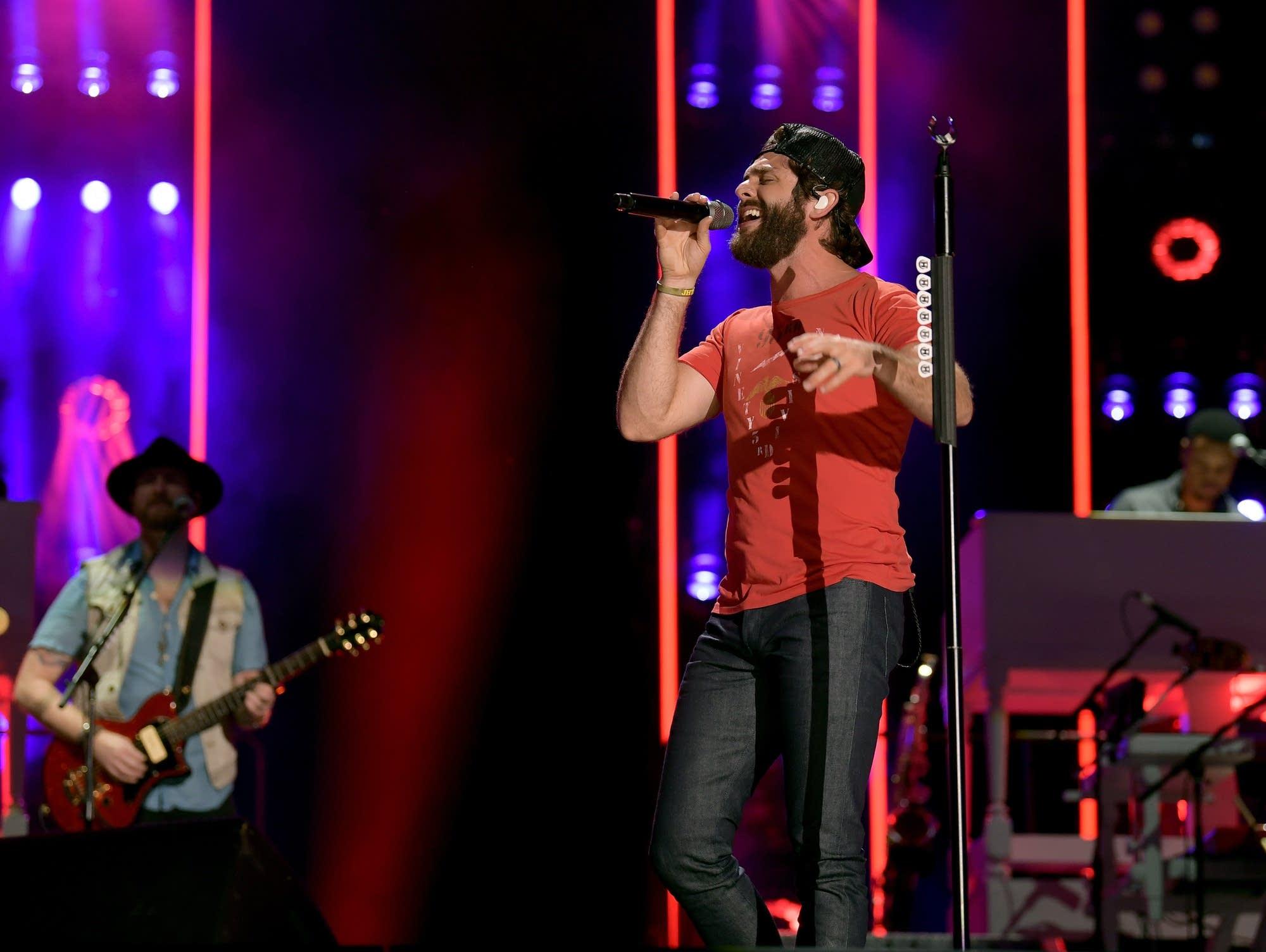 Thomas Rhett performs for 2019 CMA Music Festival