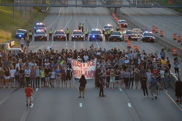 Protesters shut down Interstate 94
