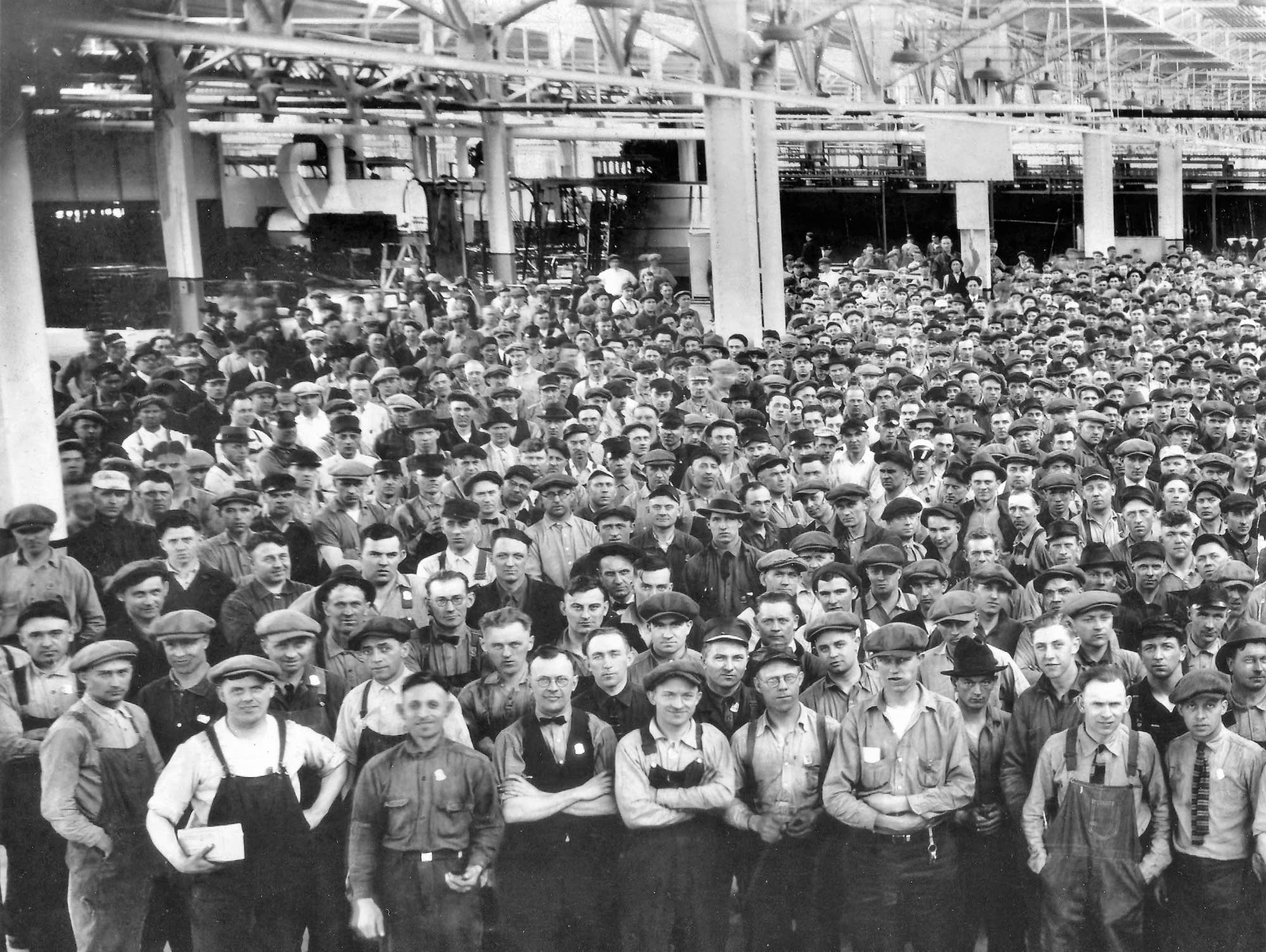 Workers at St. Paul Ford plant, late 1920s