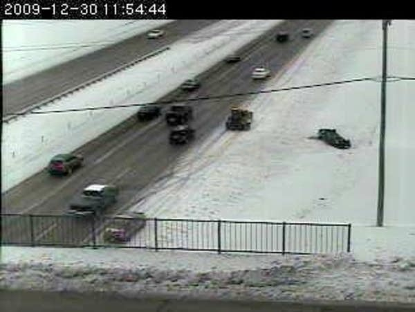Rollover on I-494 in Plymouth