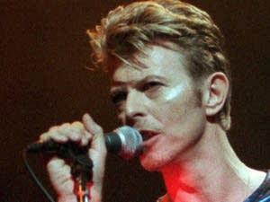 David Bowie vs. Elton John: Match #9
