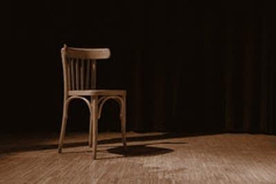 906b76 20120106 chair