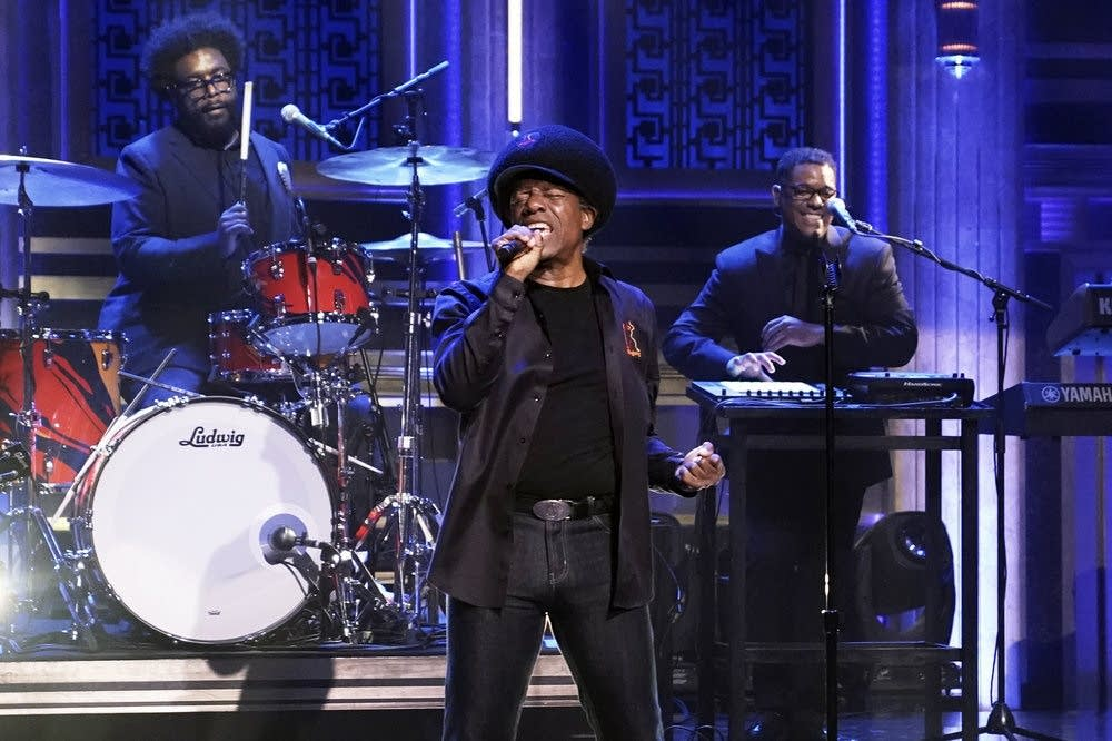 Eddy Grant performs with the Roots on 'The Tonight Show'