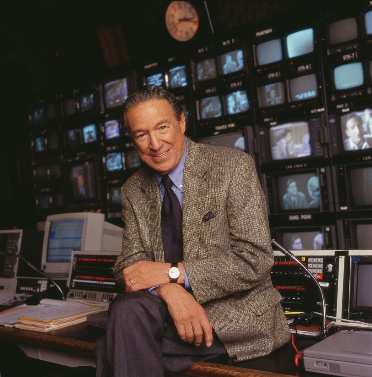 Mike Wallace of CBS News