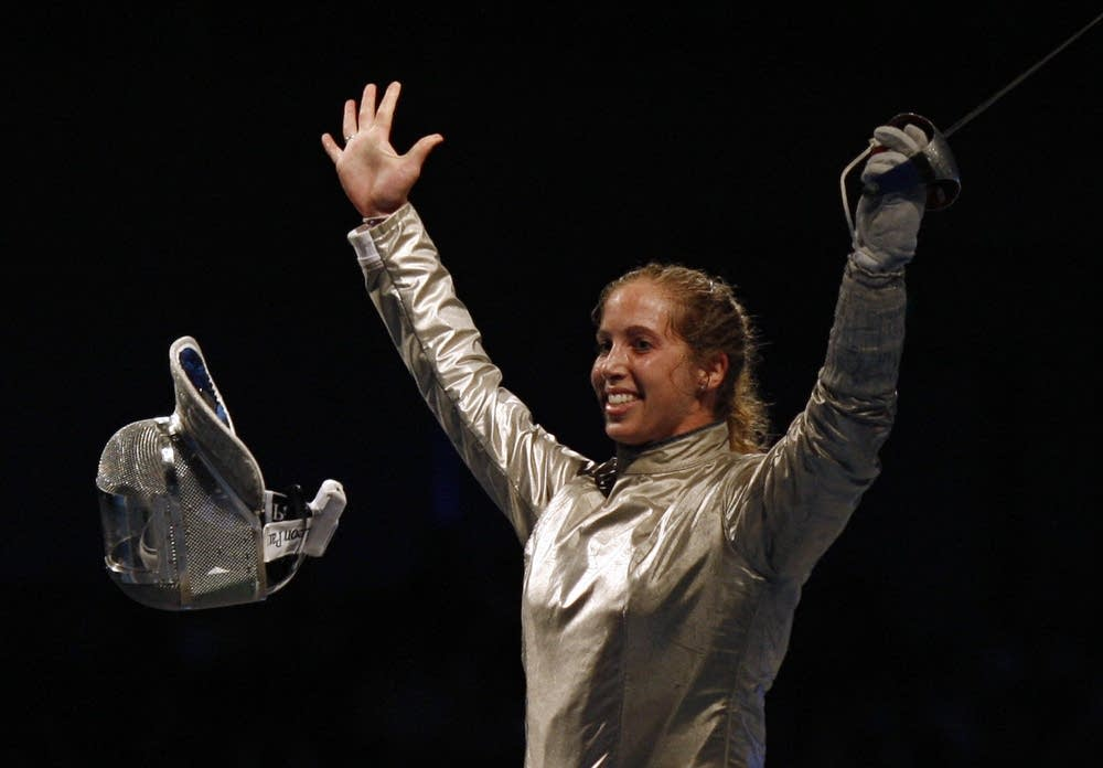 US Mariel Zagunis celebrates her victory
