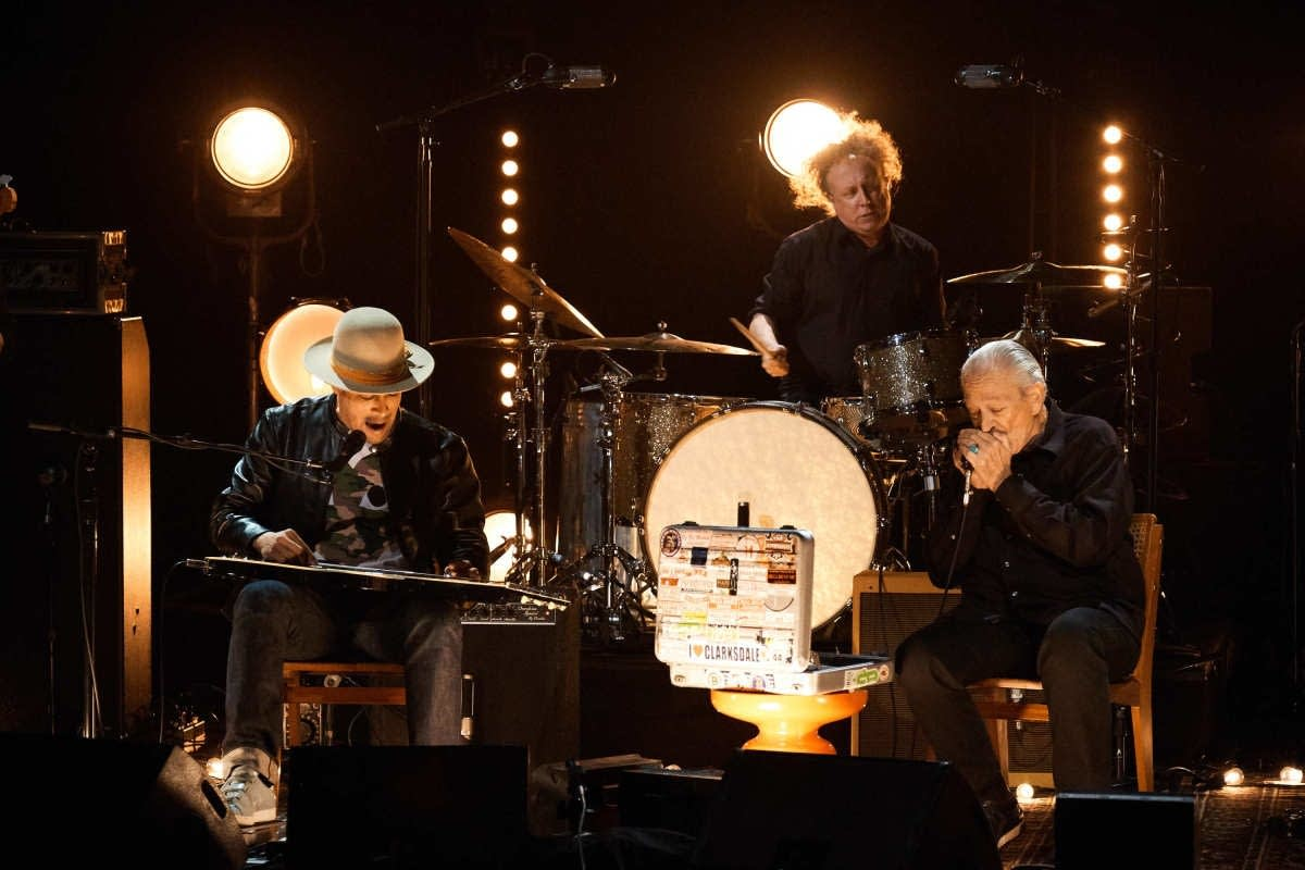 Ben Harper and Charlie Musselwhite on 'The Late Late Show'