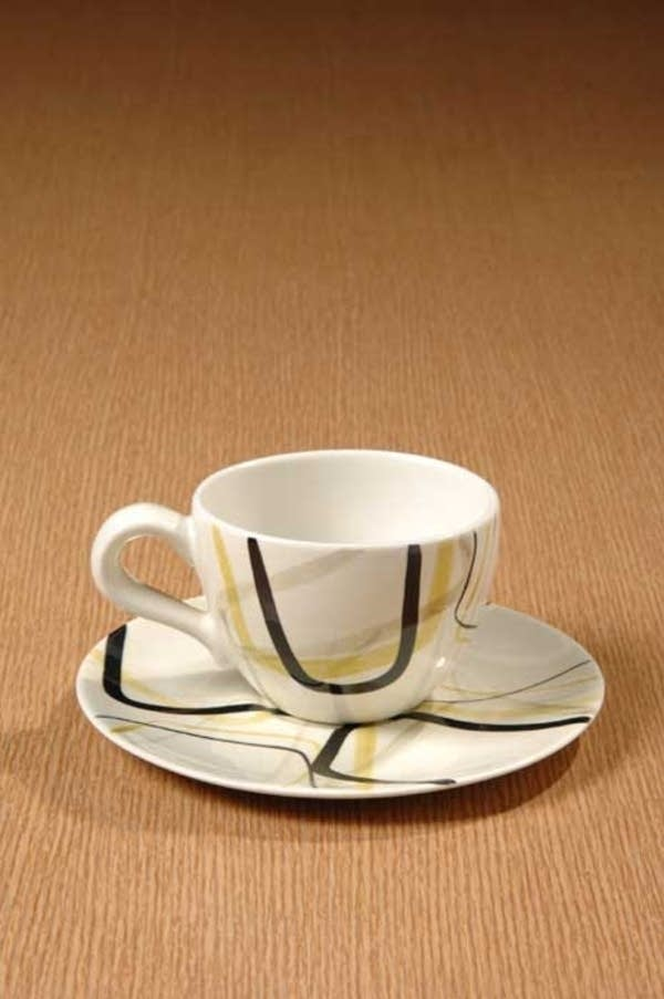 'Smart Set' cup and saucer