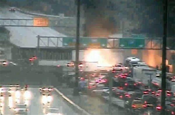 The fiery crash on 1-35W