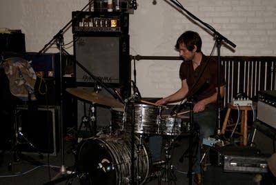 01804d 20130222 beck hansens song reader recording session 1