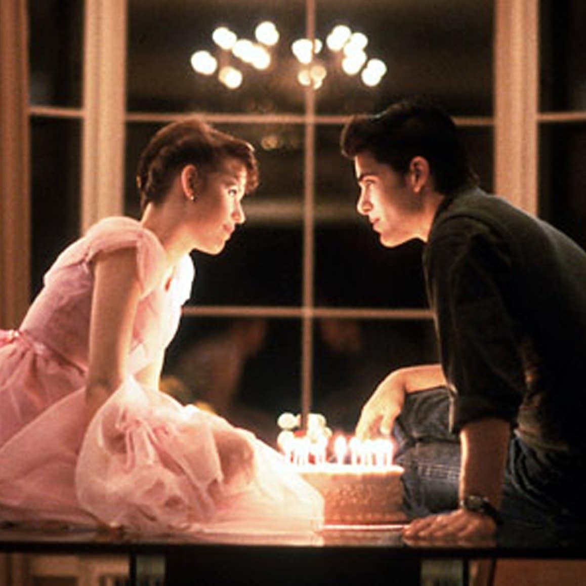 Sixteen Candles last scene screen shot
