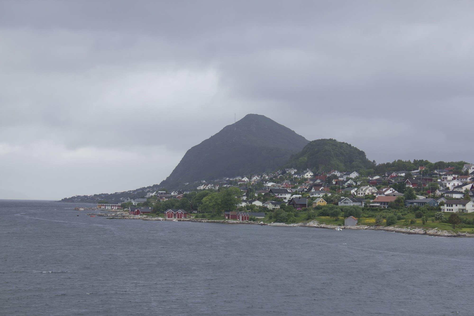Alesund - 31 - peninsula