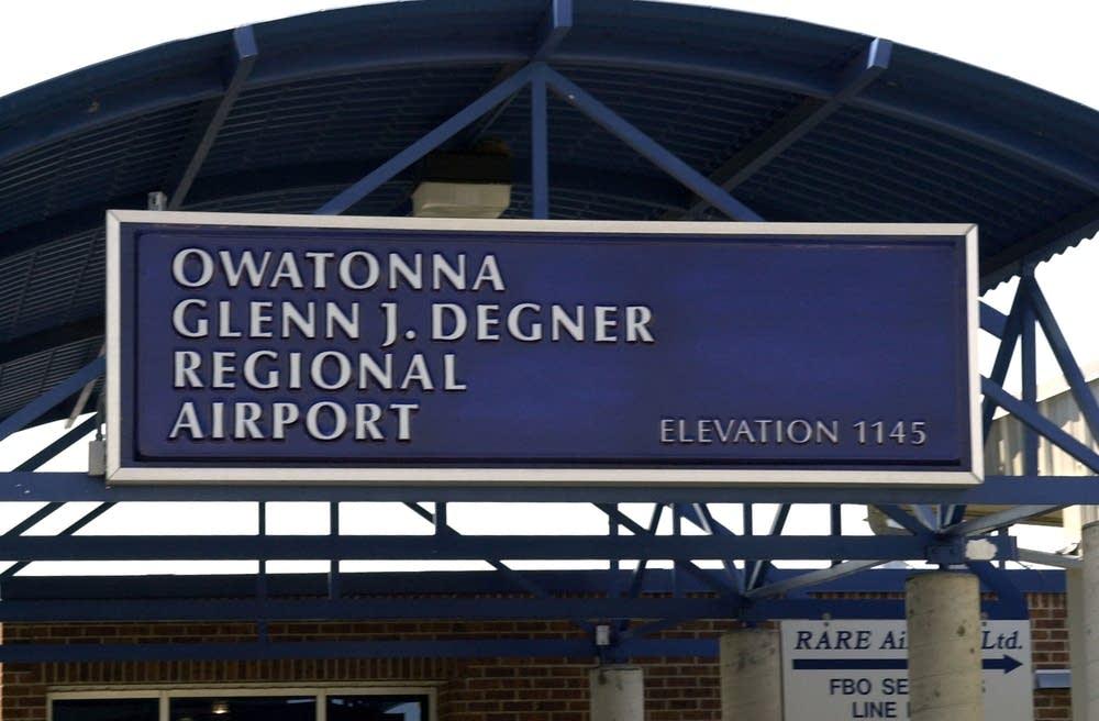 Owatonna airport