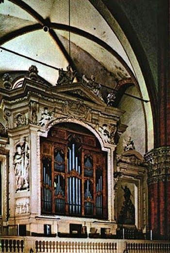1596 Malamini organ at the Basilica di San Petronio [Basilica of Saint Petronio], Bologna, Italy