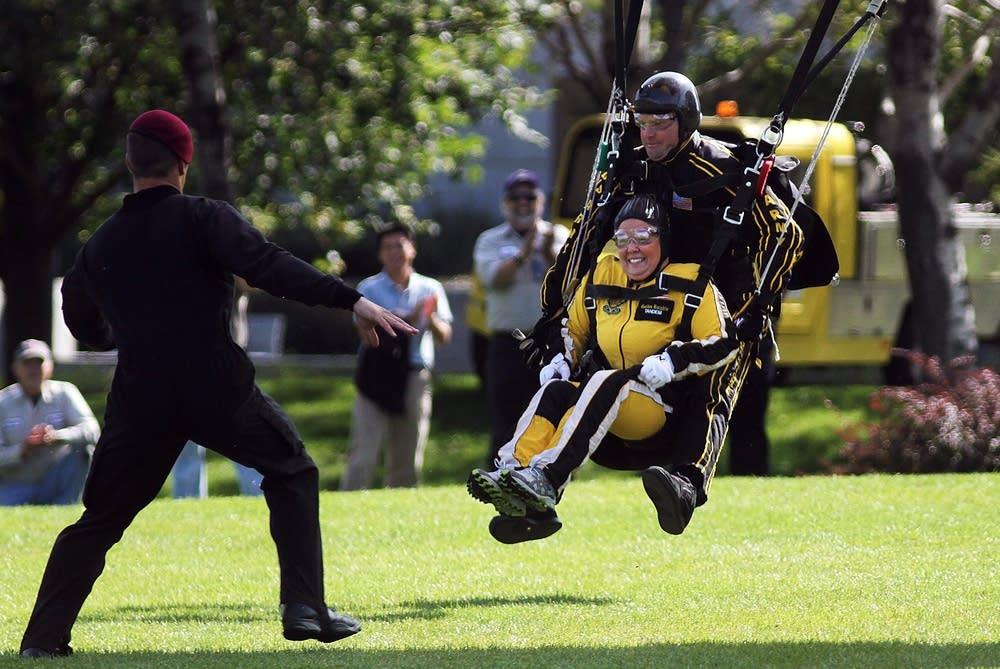 Lt. Gov. skydives