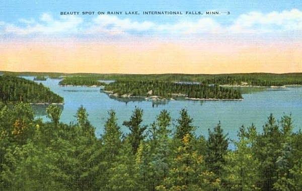Rainy Lake postcard, circa 1940.