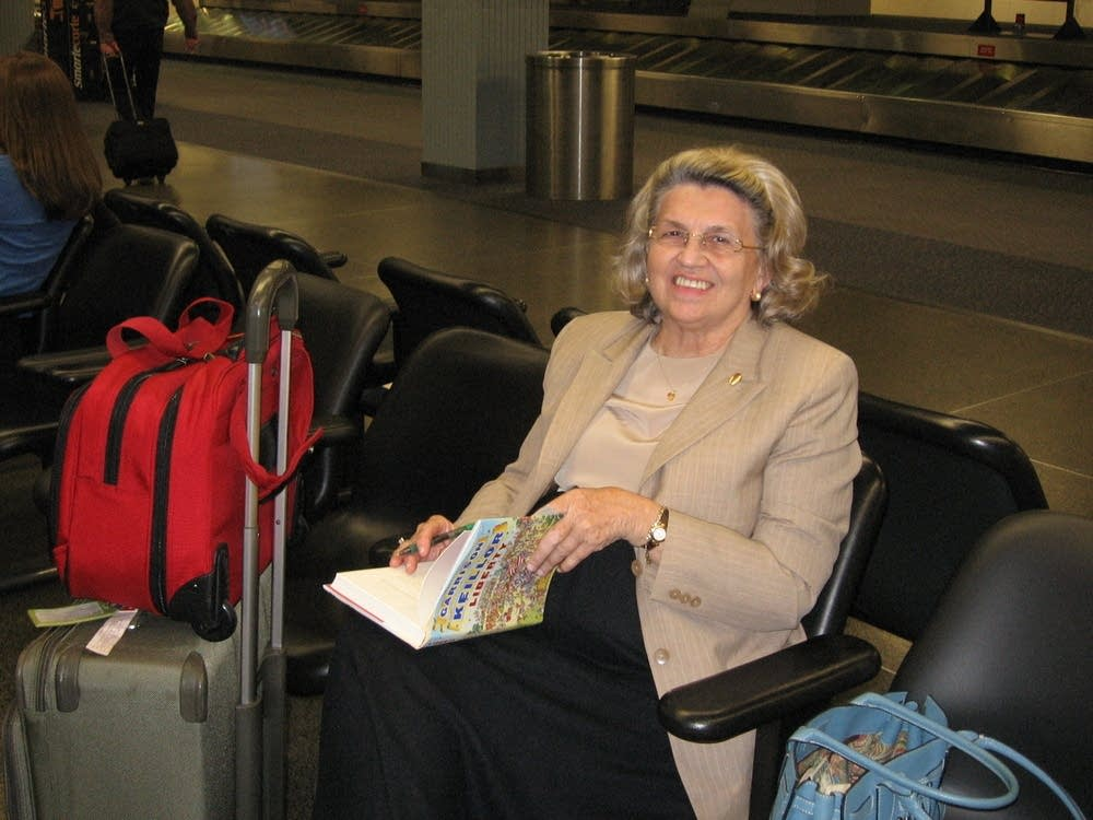 Traveler Carolyn Fox