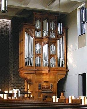 1999 Richards-Fowkes organ at Westminster Presbyterian Church,...