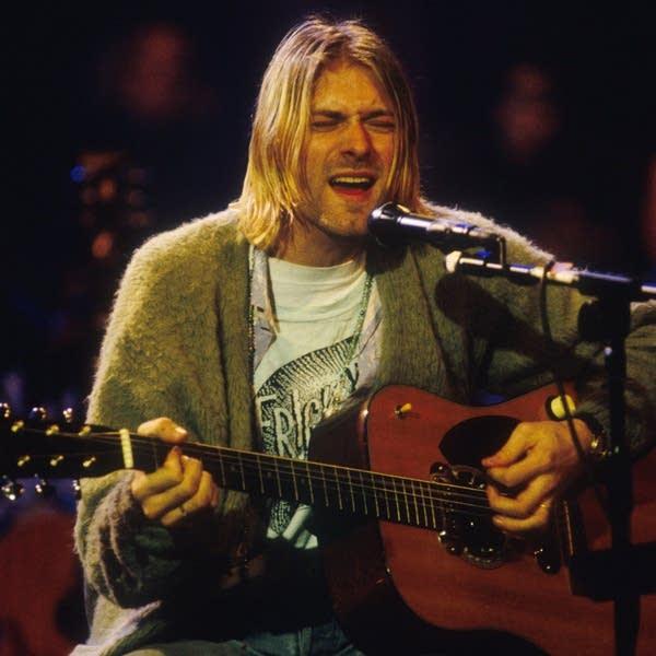 Pearl Jam v Nirvana: Match #26