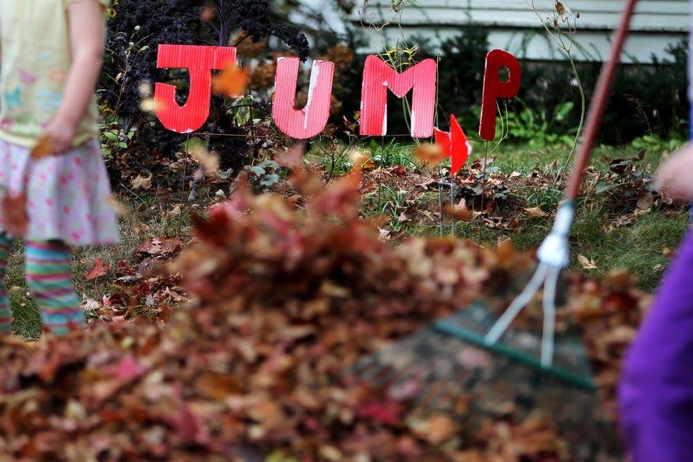Jump sign