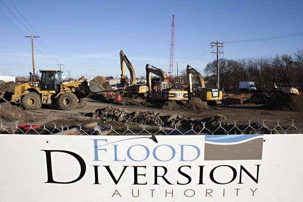 Floodwall construction in Fargo, N.D.