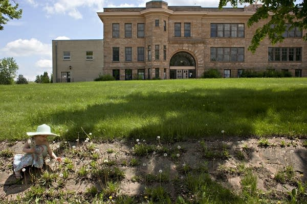 The Sandstone School