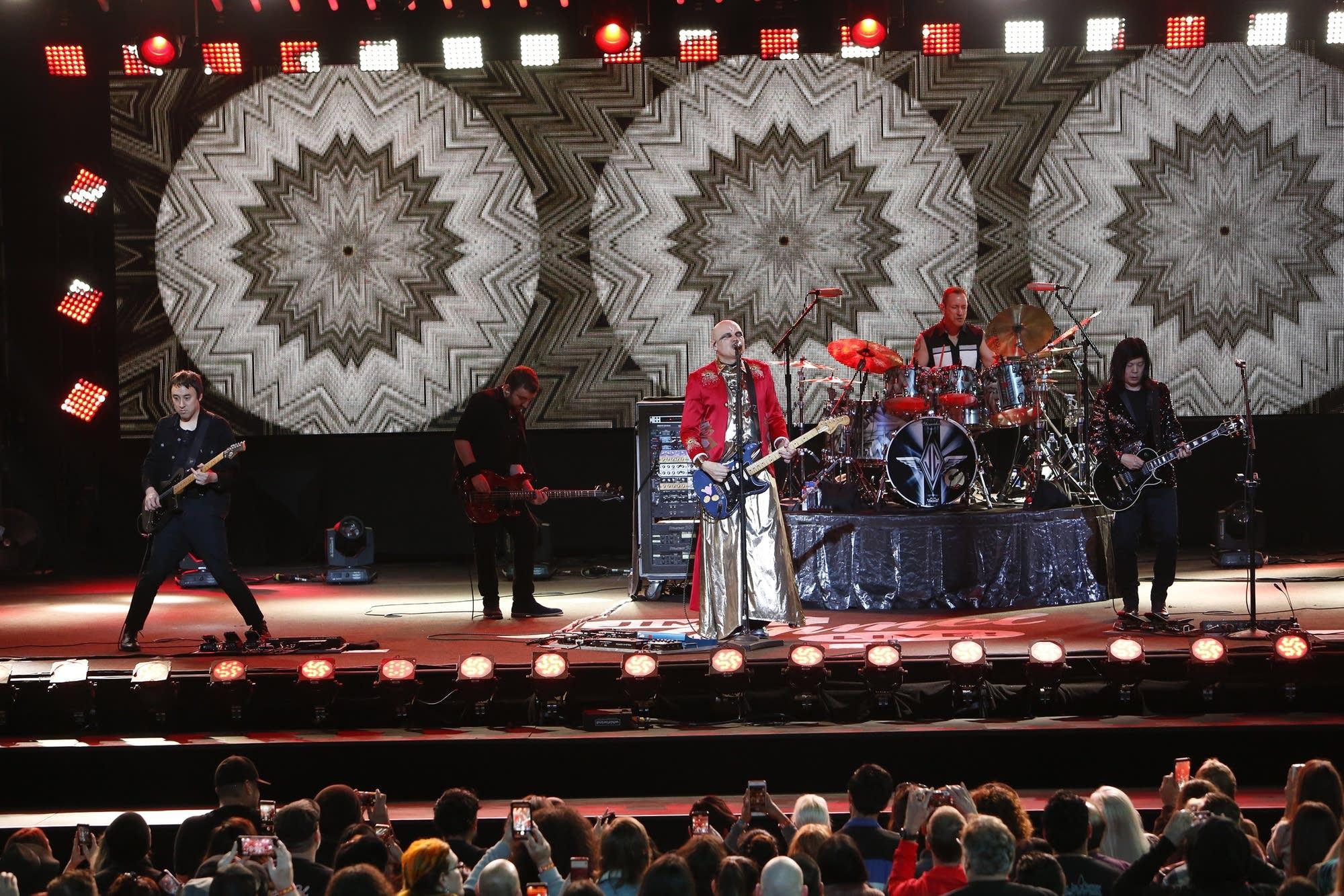 The Smashing Pumpkins perform on 'Jimmy Kimmel Live'