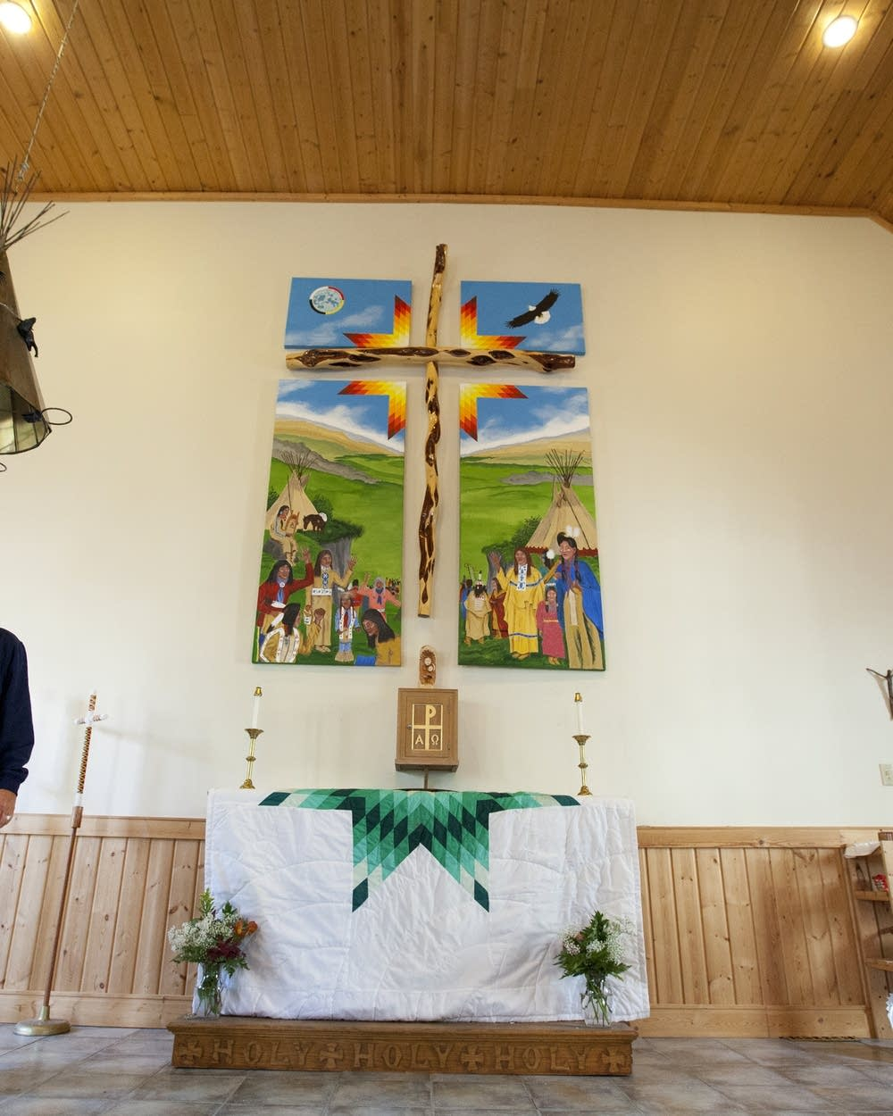 American Indians balance native customs with Christianity